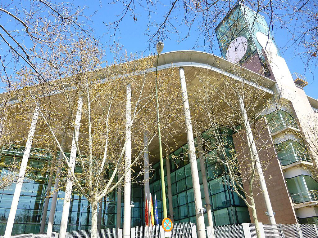 AEST solicita un equipo psicopedagógico para AACC en Madrid
