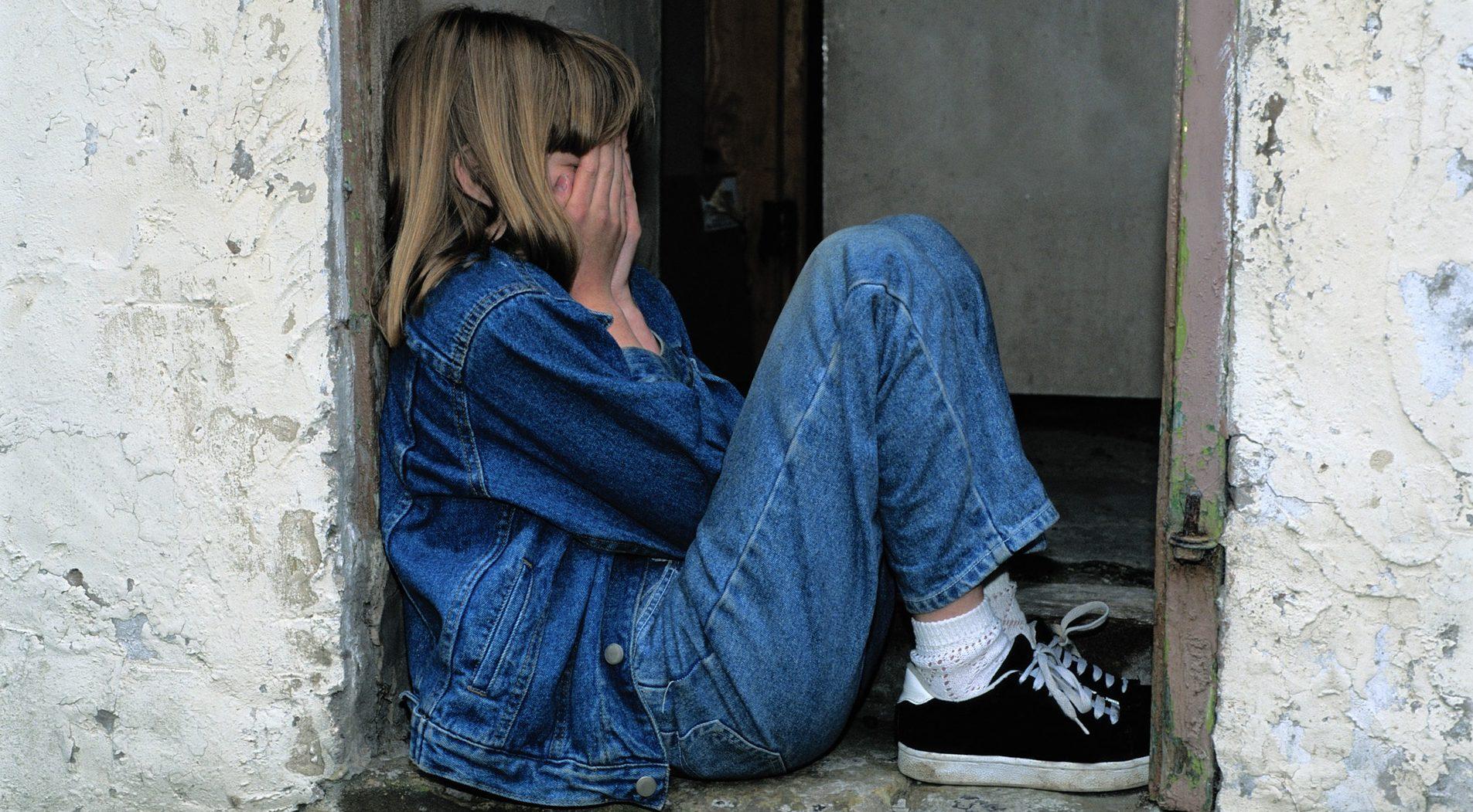 child-sitting-1816400_1920-e1528047663509